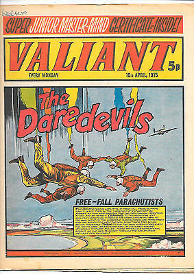 Valiant 19th April 1975 (very high grade) Adam Eterno, Kid Pharoah, Janus Stark