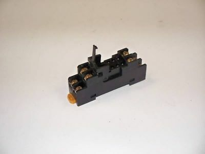 OMRON P2RF-08 8 Pin Relay Socket / Base  USED