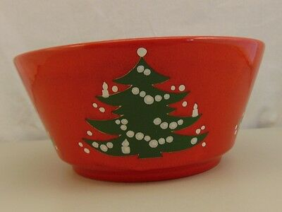 """Waechtersbach Germany RED CHRISTMAS TREE 8"""" Round Vegetable Bowl"""