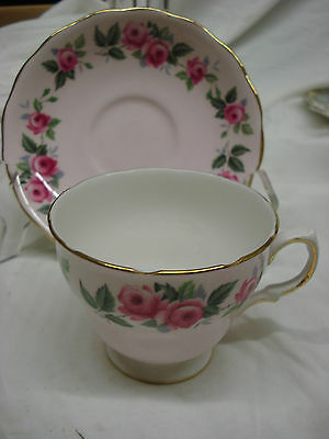COLCLOUGH Pretty Pink Rose Floral TEA CUP & SAUCER English Bone China TR6