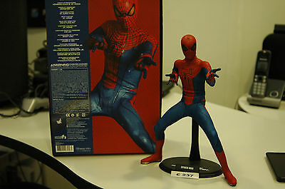 Hot Toys The Amazing Spiderman 1/6 mms 179