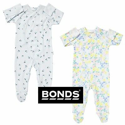NWT Bonds Baby Newbies Coverall Triangle Print Size 0000 000 00 0 1 RRP $28.95