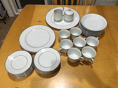 Carlton Japan Plymouth White Floral And Silver Trim China 37 Pieces
