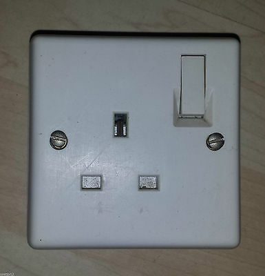 Vintage Bakelite Crabtree Switched 13 amp Electric 1 Plug Socket Vintage Ivory