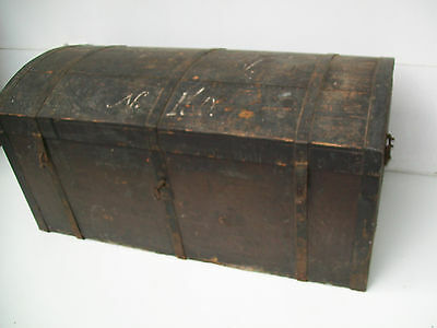 Large 18Th Century Domed Trunk Old Paint & Patina, Hand Forged Straps Lock & Key
