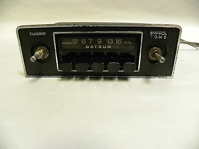 Vintage Datsun Nissan Hitachi Car Truck AM Radio (A20)