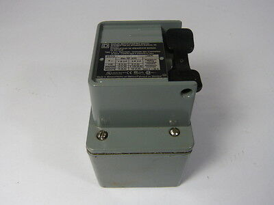 Square D 2510-KW2 Starter Switch  USED