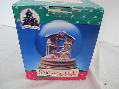 Holiday Classics Lighted Musical Snow Globe In Box Santa Peeking In Window