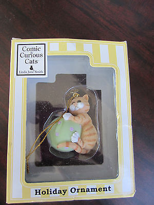 COMIC & CURIOUS CATS by Enesco CHRISTMAS Ornament NEW IN BOX NIB 4005348
