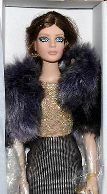 "So Sleek Sydney Chase 16"" doll  Tonner BW 2011 Ltd 300 NRFB"