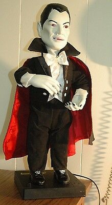 "Telco Universal Studios Monsters Dracula 22"" Halloween Motionette Sounds & Moves"