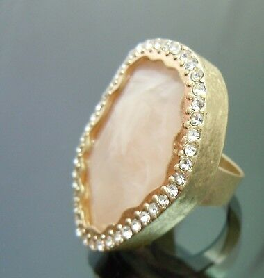 Vintage Milky Pink Faux Stone Crystal Cocktail Ring micro crystal stone sz7.5