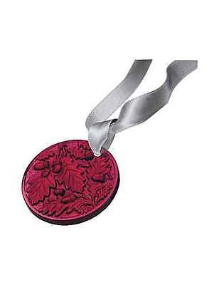 Lalique 2016 Annual Christmas Ornament Chene, Red