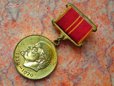 !!! USSR old badges set 22pcs USA IN USSR exibitions/advert etc - low price!