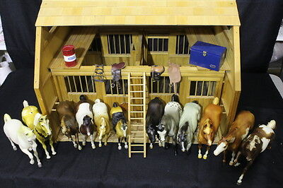 Authentic BREYER WOOD BARN and Lot of 12 Genuine Traditional Model Horses + MORE