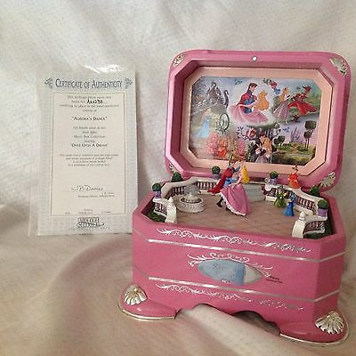 RARE Disney Sleeping Beauty AURORA DANCE EVER AFTER Spin Fig. Musical Box W/COA
