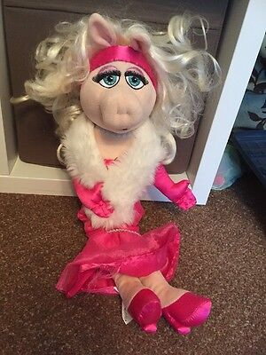 "Muppets Mrs Piggy Soft Toy 18"" Disney Store"