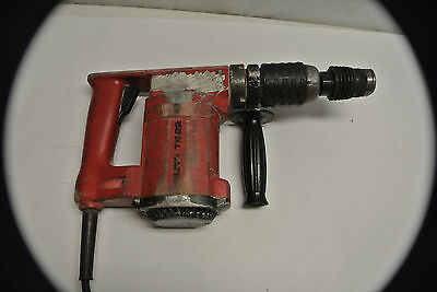 Hilti Te22 Hammer Drill Used With Case And Used Bits