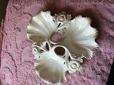 Whittier Potteries Pottery 803 White Shell Dish