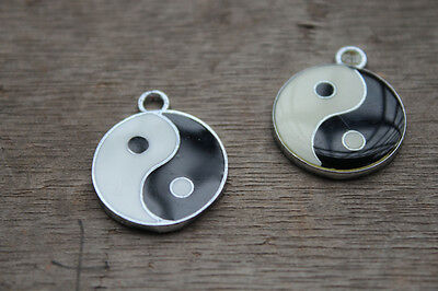 10pcs Yin and yang black and white enamel charms pendant 20mm silver tone