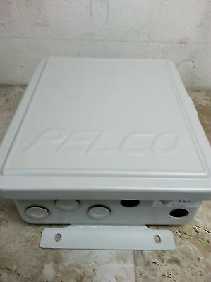 Pelco Model WCS4-20 Multi-Camera Power Supply.