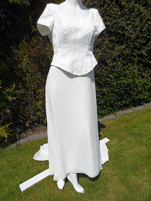 Joblot of 6 mixed wedding dresses exdisplay ivory & white ones see photos