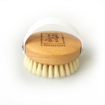 1541 London Beechwood Massage Body Brush with Medium Strength Natural Bristles