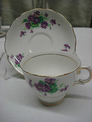 TEA CUP & SAUCER Colclough DAINTY VIOLET FLORAL Made In England TR5