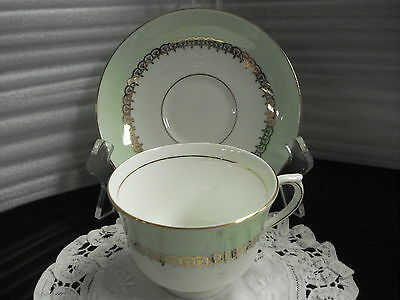 TEA CUP & SAUCER Colclough light green Made In England C2