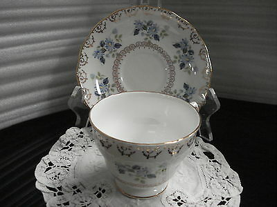 TEA CUP & SAUCER Colclough Pattern 8246 Made In England C1