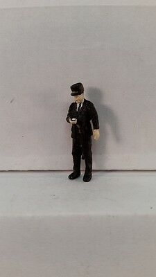Arttista S Scale Figure 753 - Conductor Looking at Watch - People - Model Trains