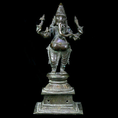 Finely cast Indian bronze statue of Ganesha, 17th to 18th  Century, x5809