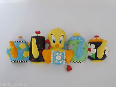 Warner Brothers Looney Tunes Tweety's Tea Party Hook Rack