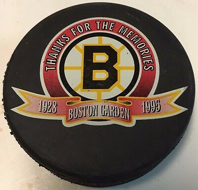 1995 Boston Bruins Thanks For the Memories Boston Garden Hockey Puck