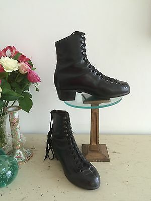 Vintage 1930s Ladies Boots All Leather Gothic Excellent condition Ex Museum 4