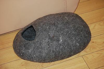 Cat cave handmade felted  from 100% Natural not colored Tyrol sheep wool