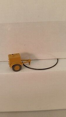 Arttista S Scale Figure 786 - Air Compressor / Contractor Size for Towing - New