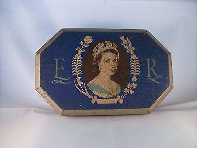 Vintage Tin C.W.S Biscuit Works Crumpsall and Cardiff 1953 Coronation