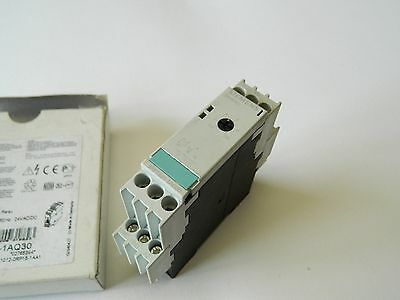 Siemens 3RP1531-1AQ30 Off delay Timer 0.5-10S 24vacdc Relay 230vac3A SPDT