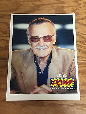 Stan Lee POW! ENTERTAINMENT 8.5 x 11 Photo ~ Great Item for Signature!!