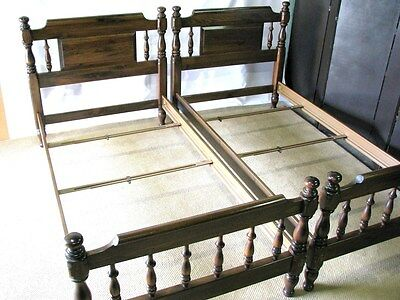 *PAIR* Ethan Allen Dark Pine American Traditions Twin Beds; Near Mint