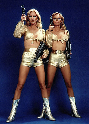 THE BARNSTABLE TWINS 1977 QUARK sci-fi series 7x10 gold costume portrait