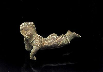 An Antique Bronze Sculpture of an Infant