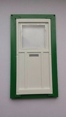 Vintage 1:16th scale miniature dolls house green white plastic opening door