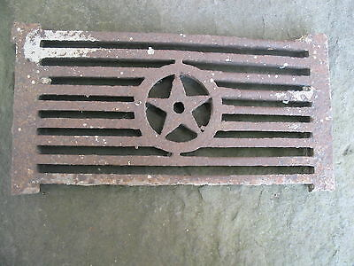 """CAST IRON STAR  GRATE    ~13"""" x 7"""" x 1""""  ANTIQUE   Weathered patina  Shabby Chic"""