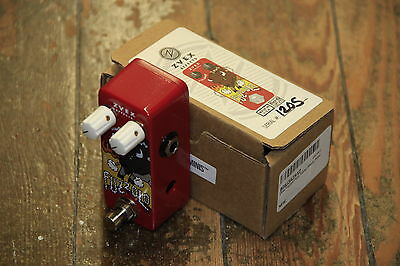 ZVex Fuzzolo Fuzz Factory guitar effects pedal