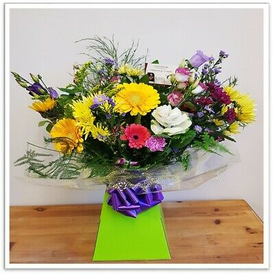 FRESH REAL FLOWERS Delivered UK Bright and Cheerful bouquet Free Flower Delivery