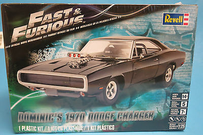 Revell 1/25 Fast & Furious 1970 Dodge Charger Plastic Model Kit 854319