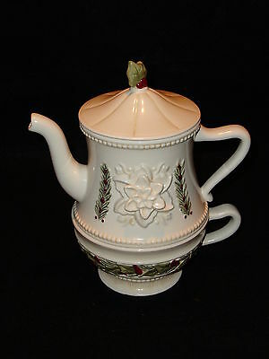 Grasslands Road Deck The Halls Tea For One Stacked Christmas Teapot Unused