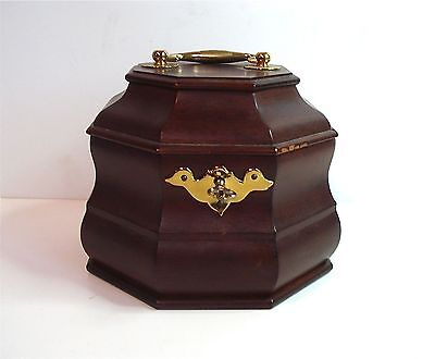 VIRGINIA METAL CRAFTERS ~ Colonial Williamsburg ~ Mahogany Tea Caddy w Key